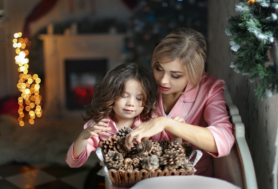 How to Navigate through Divorce During the Holidays